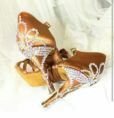 Salsa shoes bling