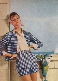 Retro Fashion Dedicated to the wonderful fashion/makeup/people/culture of the and None of the. Decades Fashion, 60s And 70s Fashion, Retro Fashion, Vintage Fashion, 1950s Summer Fashion, Classy Fashion, School Fashion, Petite Fashion, French Fashion