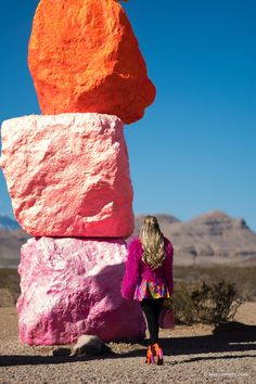 Psychedelic desert: 7 Magic Mountains