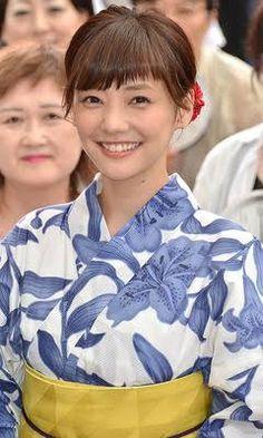 Keep Smiling, Yukata, Kimono, Ruffle Blouse, Cute, Women, Places, Girls, Photography