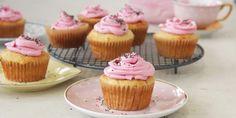 I Quit Sugar - Gluten-free Lemon + Yoghurt Cupcakes with Beet Icing and Chia Sprinkles. Sugar Free Vegan, Sugar Free Recipes, Tea Recipes, Baking Recipes, Baking Ideas, Brunch Recipes, Healthy Meats, Healthy Food, Healthy Kids