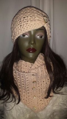 Infinity scarf with hat