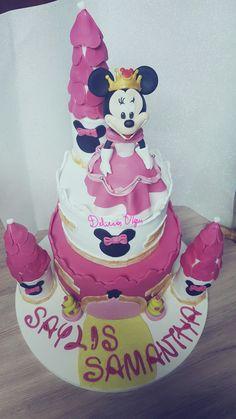 Torta de Minnie princesa  https://www.facebook.com/deliciasolgui/