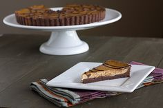 When I first got into cooking and baking a few years ago I made my family a chocolate-pumpkin cheesecake. It might have been the first holiday dessert item I made from scratch. It was beyond delicious and from that moment on I was hooked on the pumpkin-chocolate combination. This tart has a chocolate crust and …