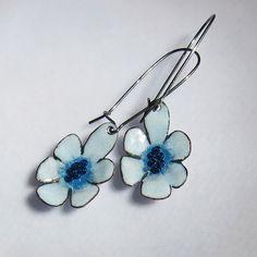 Flower Dangle Earrings Enamel Jewelry Blue Flower by OxArtJewelry Blue Earrings, Flower Earrings, Dangle Earrings, Jewelry Crafts, Jewelry Art, Jewelry Design, Enamel Jewelry, Copper Jewelry, Reborn Dolls