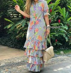 Latest African Fashion Dresses, African Print Fashion, Indian Designer Outfits, Designer Gowns, Modest Dresses, Casual Dresses, Frock For Women, Stylish Dress Designs, Floral Maxi Dress