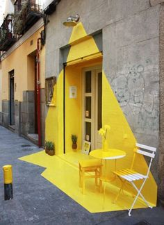 Somos Fos - a vibrant installation designed for a vegan restaurant in Madrid. (fos) restaurant in Madrid, geniale! Instalation Art, Ephemeral Art, Mellow Yellow, Yellow Art, Color Yellow, Yellow Sign, Public Art, Urban Art, Urban Street Art
