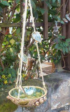 bird bath or. Hanging pots for the garden - A bird bath or. Hanging pots for . bird bath or. Hanging pots for the garden - A bird bath or. Hanging pots for . Ceramic Bird Bath, Ceramic Birds, Ceramic Art, Ceramics Projects, Clay Projects, Clay Crafts, Pottery Painting Designs, Pottery Designs, Pottery Ideas