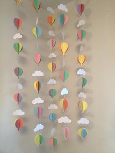 Oh the Places You'll Go Decor- Air Balloon Baby Shower Decorations- Pastel Hot Air Balloon Decorations - Hot Air Balloon Birthday decor - Balloon Decorations 🎈 Baby Shower Balloon Decorations, Baby Shower Balloons, Birthday Balloons, Birthday Decorations, Baby Balloon, Shower Centerpieces, Balloon Ideas, Balloon Garland, Room Decorations
