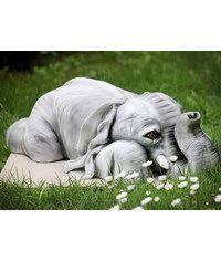 photo Carved Elephant cake tutorial