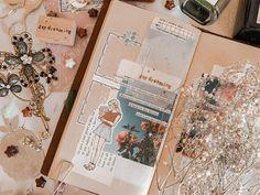 Art Journal Pages, Journal Ideas, Bullet Journal Notes, Notes Design, Travelers Notebook, Art Sketchbook, Mini Albums, Notebooks, Journaling