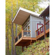 Experience the #backwoods at The Owls Perch in this remote 200 square foot one room #rustic guest house with private deck. Perched above Squally Creek get ready for a true #disconnect-from-the-world experience.