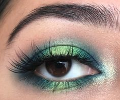 Green and blue halo eye