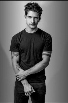 He looks so perfectYou can find Tyler posey and more on our website.He looks so perfect Teen Wolf Scott, Tyler Posey Teen Wolf, Wolf Tyler, Teen Wolf Boys, Teen Wolf Actors, Jane The Virgin, Cenas Teen Wolf, Meninos Teen Wolf, Scott Mccall