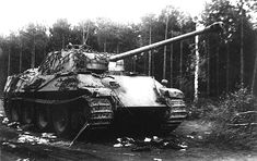 Panther Ausf. G destroyed during Operation Bagration. 1944 [via]