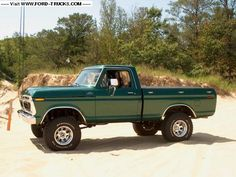 Ford This is a picture I found online, but it's pretty darn close to Kenny's old truck. Trucks Only, Cool Trucks, Big Trucks, Farm Trucks, Obs Truck, F150 Truck, 1979 Ford Truck, Ford 4x4, Lifted Ford