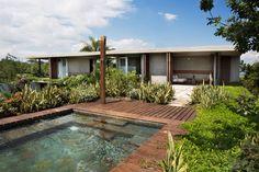 Love the pool colour Nilo Houses by Alberto Burckhard   Carolina Echeverri (9)