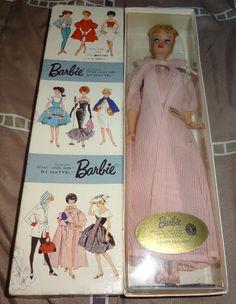 Nighty Negligee Dressed Box Barbie Play Barbie, Barbie Doll House, Barbie I, Vintage Barbie Dolls, Barbie World, Barbie And Ken, Barbie Dress, Barbie Stuff, Barbie Clothes