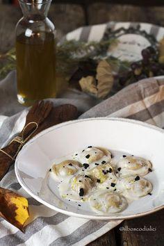 il bosco di alici: Ravioli ripieni d'olio per la Giornata Nazionale d...