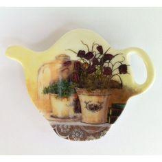 Plastikowe podkładki w kształcie czajniczka. Rewelacyjna dekoracja stołu.  Więcej na: www.lawendowykredens.pl