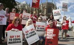 Paola Barbagallo @paoladelusa  ·  8 gen @TwoReaders I gay britannici del XXI secolo avevano la loro letteratura, una vita diversa, problemi nuovi