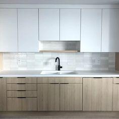 Bedrosians Cloe x Ceramic Subway Tile Modern Kitchen Cabinets, Modern Kitchen Design, Interior Design Kitchen, Kitchen Decor, Kitchen Cabinets Without Handles, Contemporary Kitchen Interior, Modern Kitchen Tiles, Contemporary Kitchen Backsplash, White Oak Kitchen