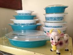 Blue is my favorite color, so these Horizon Blue Pyrex dishes (dating from the late '60s) naturally became my must-have. (Image: Regan Coomer)