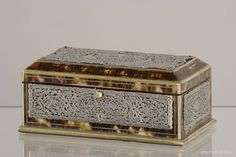 A 19th century casket in tortoise shell and silver