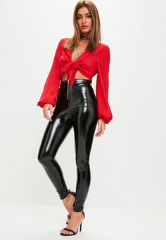 These trousers feature a black hue, vinyl material and front silver zip detail. Leather Pants Outfit, Black Leather Pants, Wet Look Leggings, Leggings Are Not Pants, Sexy Outfits, Cool Outfits, Casual Outfits, Legging Outfits, Leggings Fashion