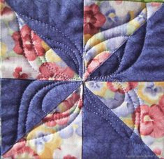 """""""Seed pod"""" quilting design by Razzle Dazzle quilter (New Zealand)"""