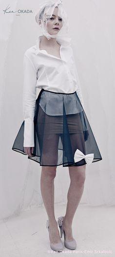 chemise ARTY coton satin blanc et jupe TRANSPARENTE 230 €