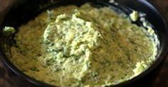 Beurre d'ail. Un beurre composé à froid classique légèrement revisité.. La recette par Chef Simon.