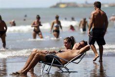 Tomar sol: un debate médico que provoca desconcierto  Como medida de prevención, los especialistas aconsejan tomar sol, pero con moderación. Foto: Mauro V. Rizzi