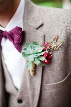 Brides: A Green Succulent Boutonniere. A green succulent boutonniere with red floral accents, created by Make My Day Count. Wedding Men, Wedding Groom, Wedding Suits, Wedding Attire, Dream Wedding, Trendy Wedding, Wedding Vintage, Vintage Men, Bow Tie Wedding