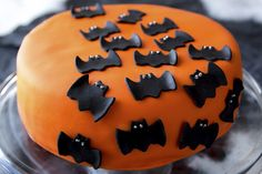 Kuvahaun tulos haulle kakku halloween