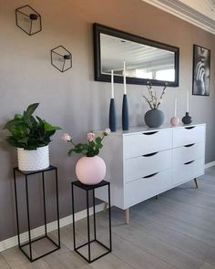 home decoration living room modern 40 mid century modern living room decor ideas 63 Mid Century Modern Living Room, Living Room Grey, Living Room Modern, Interior Design Living Room, Living Room Designs, Modern Room Decor, Cozy Living, Living Room Dresser, Decorating Ideas For The Home Living Room