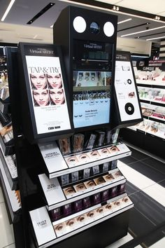 Sephora Just Opened Its Biggest Store Ever, and It's Truly Insane Sephora Street Store Grand Opening - Day 1 Makeup Display, Cosmetic Display, Cosmetic Shop, Cosmetic Design, Cosmetic Stores, Shop Interior Design, Retail Design, Store Design, Perfume Display