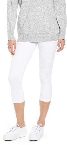 2719d10fe0a Women s Lyssé Denim Capri Leggings