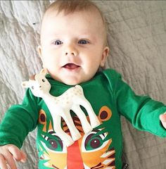 Un bébé en body #tigre illustré par #Mibo est forcément un bébé heureux  . Pic from @theresethorne http://www.coqenpate.com/76-body-coton-bio