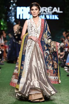Show details for Hand Work Blouse Design, Indian Bridal Fashion, Royal Dresses, Bridal Lehenga Choli, Indian Attire, Suit Fashion, How To Wear, Indian Style, Indian Ethnic