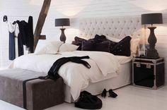 Artwood - Bedroom