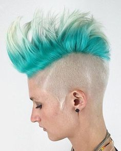 women's+platinum+and+turquoise+Mohawk