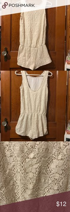 Cute lace rumper In excellent condition no rips or stein Shorts