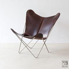 shari vari mr 90 barcelona seat by ludwig mies van der rohe furnish me a home pinterest. Black Bedroom Furniture Sets. Home Design Ideas
