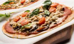 Receta de Pizza de bonito, berenjena y cebolleta