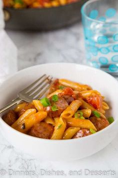 One Pan Cheesy Sausage Pasta - get dinner on the table with. One Pan Cheesy Sausage Pasta - get dinner on the table with these easy pasta recipe. Just one pan 20 minutes and you are done! Sausage Pasta Recipes, Easy Casserole Recipes, Dinner Recipes Easy Quick, Easy Pasta Recipes, Meal Recipes, Quick Meals, Easy Dinners For Two, Easy Healthy Dinners, Dinner Healthy