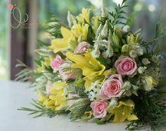 Hand Tied Bouquet, Bouquets, Floral Design, Floral Wreath, Wreaths, Home Decor, Floral Crown, Decoration Home, Bouquet