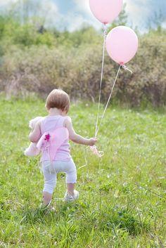 little-girl-with-balloons-626113_1280.jpg (854×1280)