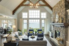 Stunning ideas for lake house decorations (38)