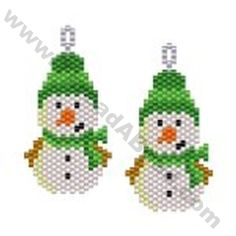 Snowman in Bobble Hat Earring Bead Pattern By ThreadABead Native Beading Patterns, Seed Bead Patterns, Beaded Jewelry Patterns, Peyote Patterns, Beaded Christmas Ornaments, Christmas Earrings, Christmas Jewelry, Safety Pin Crafts, Beaded Banners